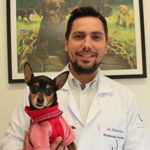 Dr. Rodrigo Barros