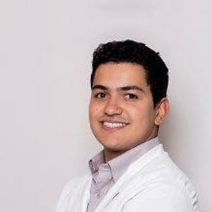 Dr. Emerson Gonçalves Martins de Siqueira
